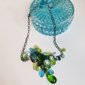 Jewelry - Blue Green Beads Pendants Cluster Necklace